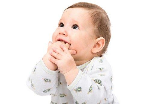 宝宝几个月能竖着抱呢